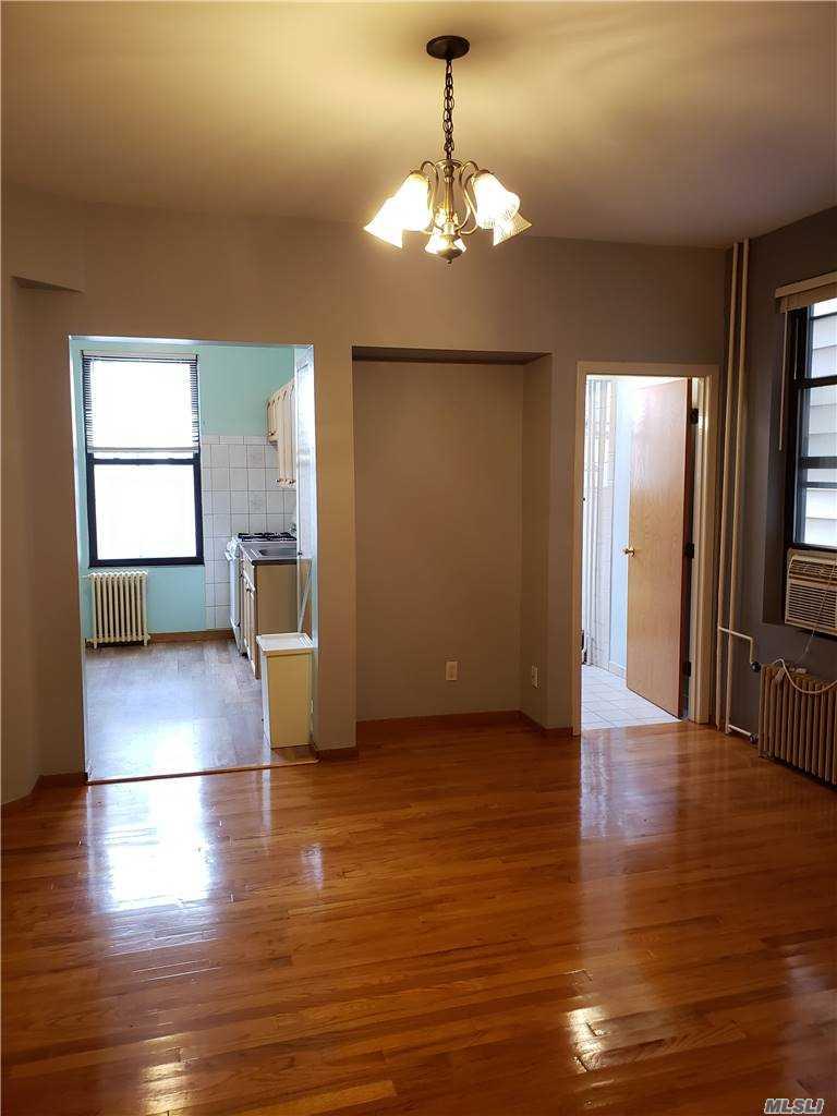 182 Kingsland Avenue, Brooklyn, New York 11222, 3 Bedrooms Bedrooms, ,1 BathroomBathrooms,Residential Lease,For Sale,2,Kingsland,3269846