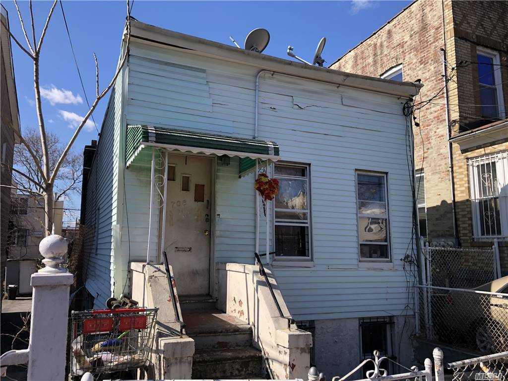 Single Family Ashford Street  Brooklyn, NY 11207, MLS-3270019-2