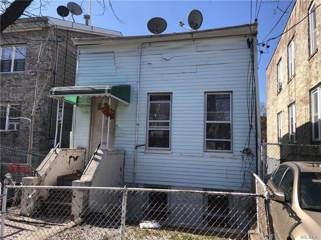 Single Family in E. New York - Ashford Street  Brooklyn, NY 11207