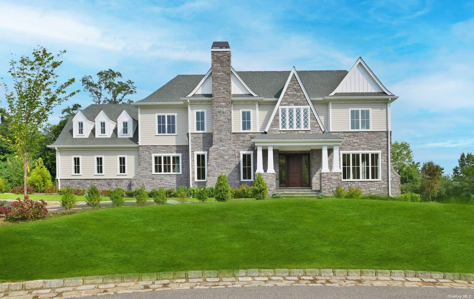 Property for sale at 15 Buckingham Court, Muttontown,  New York 11791