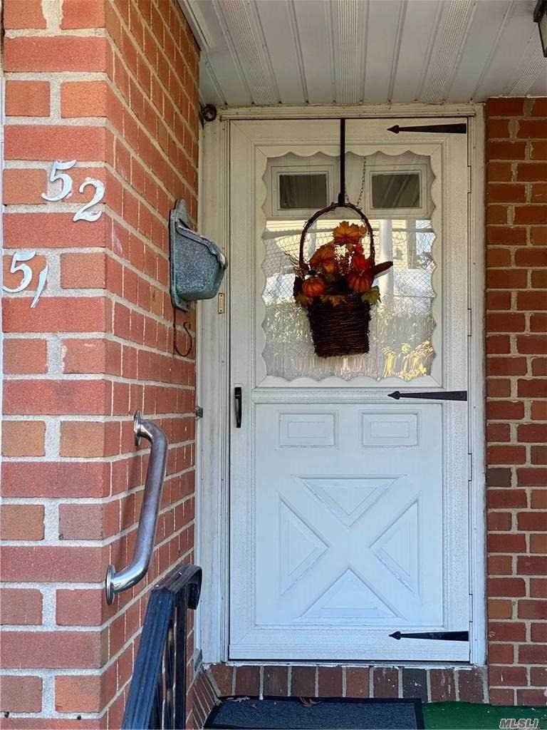 Property for sale at 52 Santa Barbara Drive, Plainview,  New York 11803