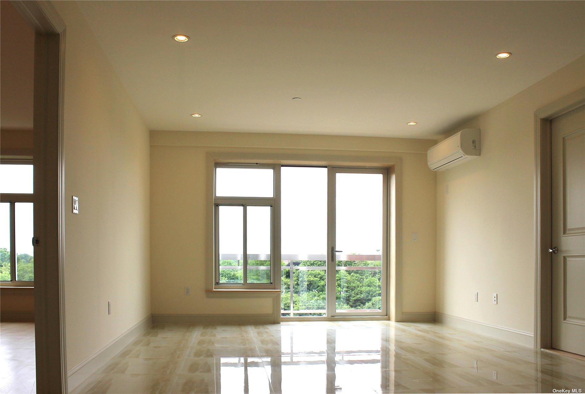 Property for sale at 65-38 Austin Street Unit: 5A, Rego Park,  New York 11374