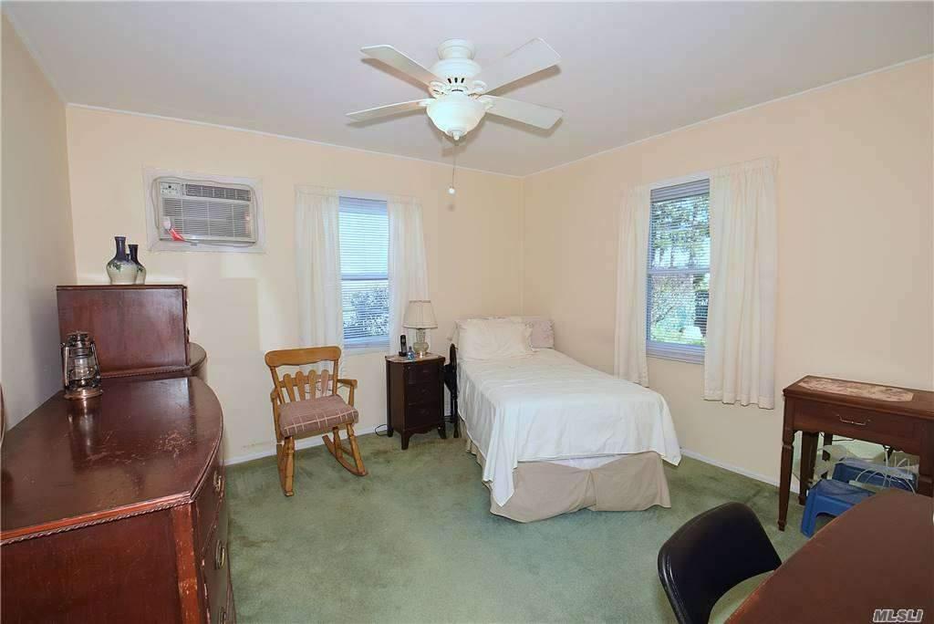 Single Family Gardiners Ave  Nassau, NY 11756, MLS-3270422-13