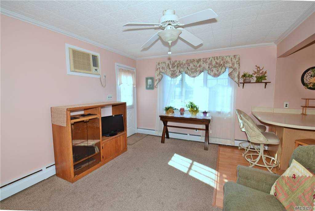 Single Family Gardiners Ave  Nassau, NY 11756, MLS-3270422-9