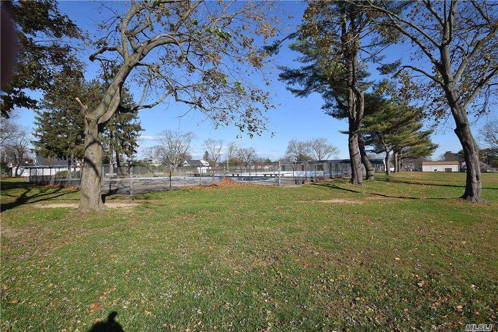 Single Family Gardiners Ave  Nassau, NY 11756, MLS-3270422-24
