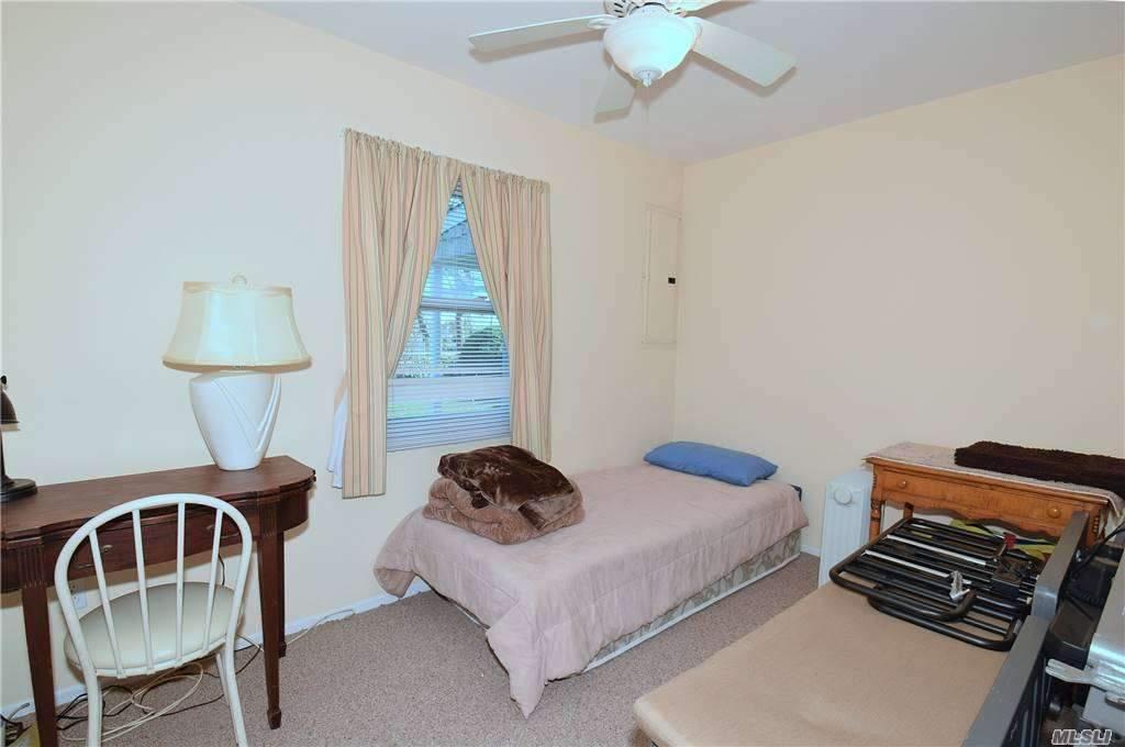 Single Family Gardiners Ave  Nassau, NY 11756, MLS-3270422-14
