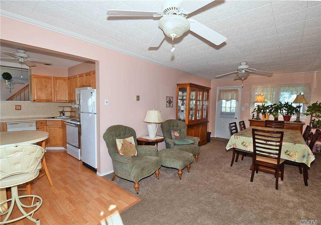 Single Family Gardiners Ave  Nassau, NY 11756, MLS-3270422-8