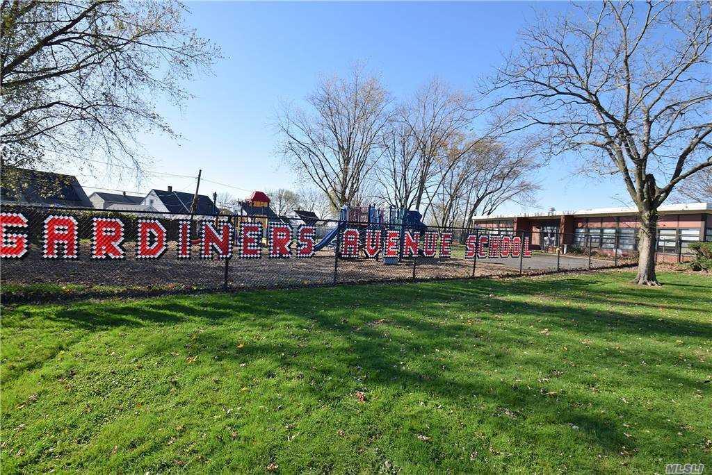 Single Family Gardiners Ave  Nassau, NY 11756, MLS-3270422-25