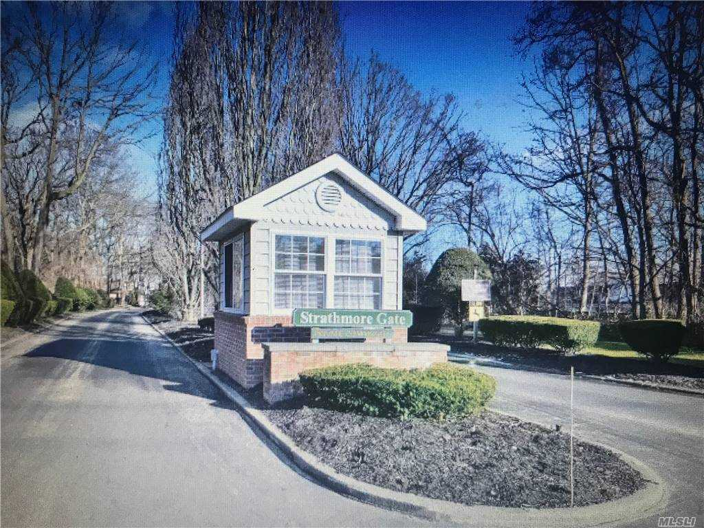 Property for sale at 88 Strathmore Gate Drive, Stony Brook,  New York 11790