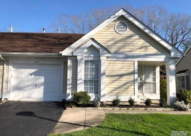 Property for sale at 291 Glen Drive, Ridge,  New York 11961