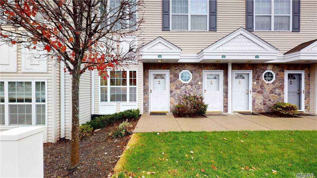 Property for sale at 426 Autumn Drive, East Meadow,  New York 11554