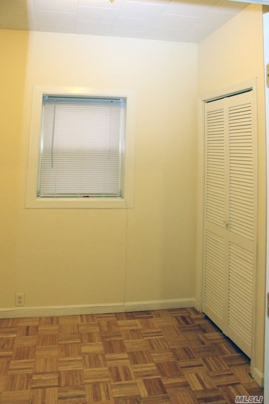 24-43 47 Street, Astoria, New York11103, 5 Bedrooms Bedrooms, ,2 BathroomsBathrooms,Residential,For Sale,47 Street,3271873