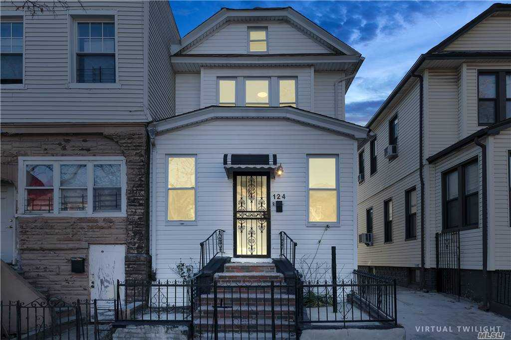 E 124 29th Street, Brooklyn, New York 11226, 3 Bedrooms Bedrooms, ,2 BathroomsBathrooms,Residential,For Sale,29th,3271874