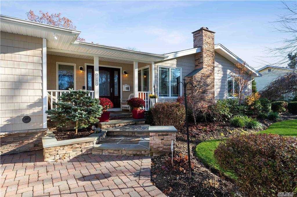 5 Katonah Place, Dix Hills, New York 11746, 4 Bedrooms Bedrooms, ,2 BathroomsBathrooms,Residential,For Sale,Katonah,3272060