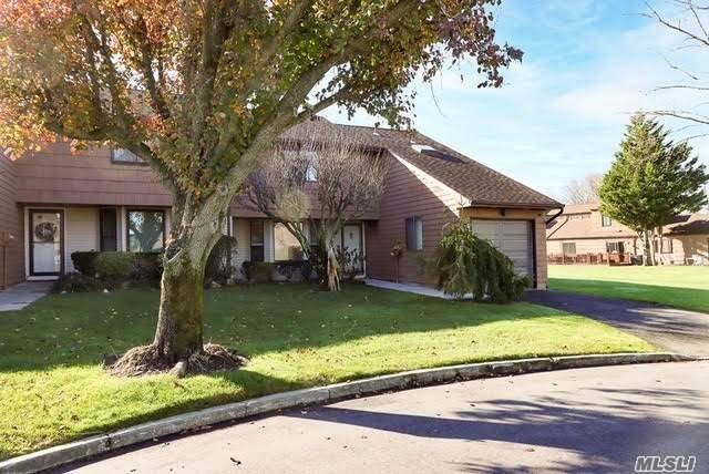 Property for sale at 82 Rhett Court, Commack,  New York 11725
