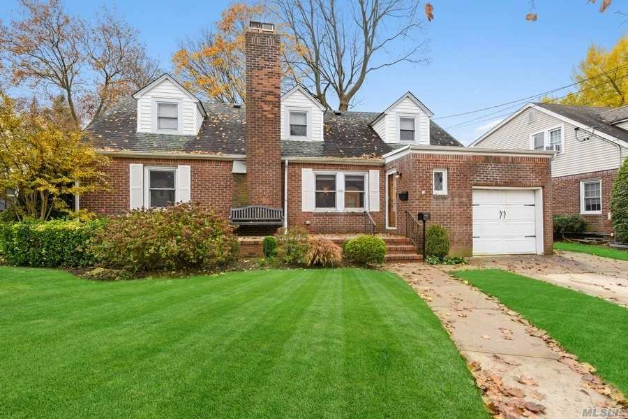 Property for sale at 90 Beverly Avenue, Floral Park,  New York 11001