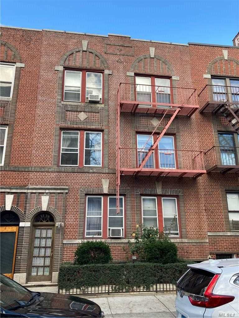 6 Family Building in Bronx - Perry Avenue  Bronx, NY 10467