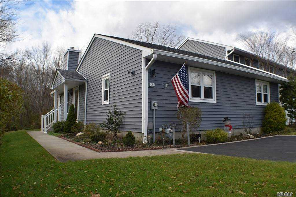 Property for sale at 151 Alicia Drive, N. Babylon,  New York 11703