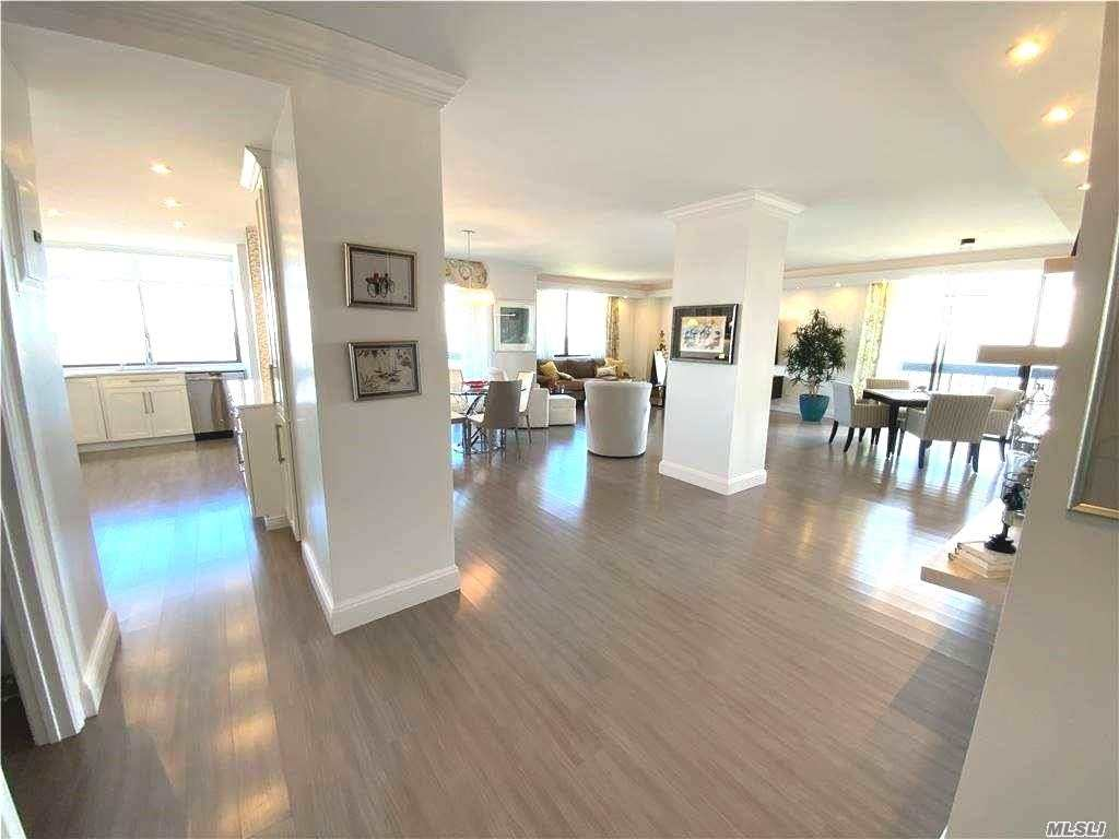 Property for sale at 27110 Grand Central Parkway Unit: 24D, Floral Park,  New York 11005