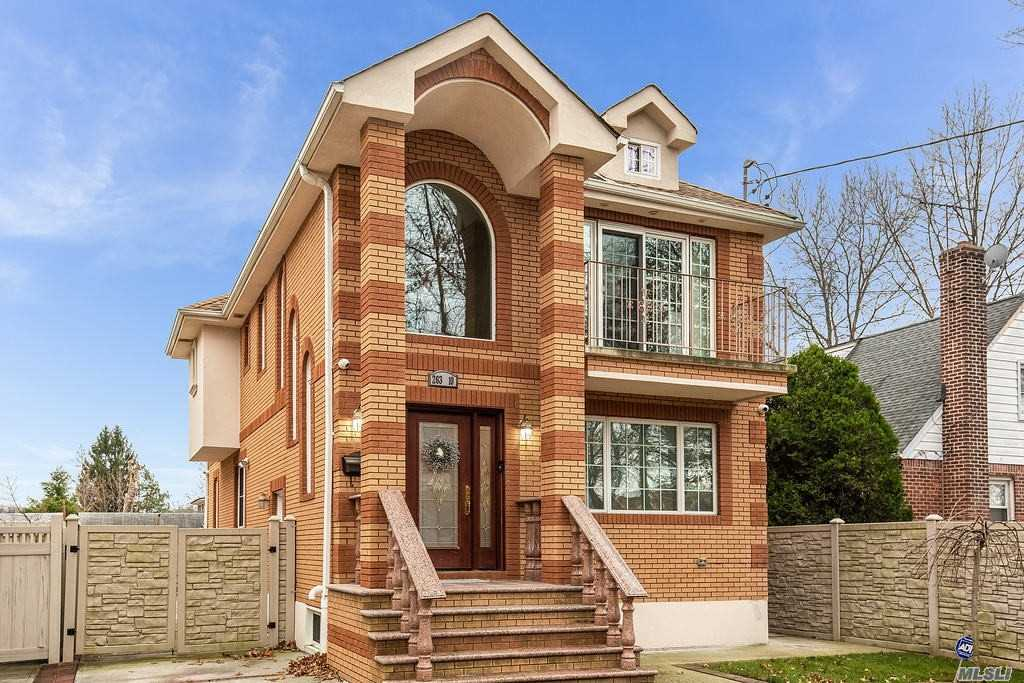 Property for sale at 263-10 E Williston Avenue, Floral Park,  New York 11001