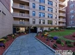 Property for sale at 65-50 Wetherole St Unit: 5G, Rego Park,  New York 11374
