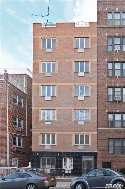 Property for sale at 43-07 48th St Unit: 2A, Sunnyside,  New York 11104