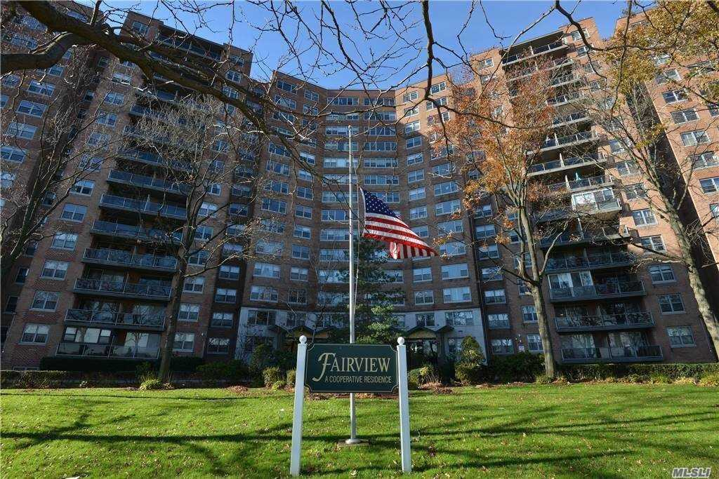 61-20 GRAND CENTRAL PARKWAY #A1106, FOREST HILLS, NY 11375