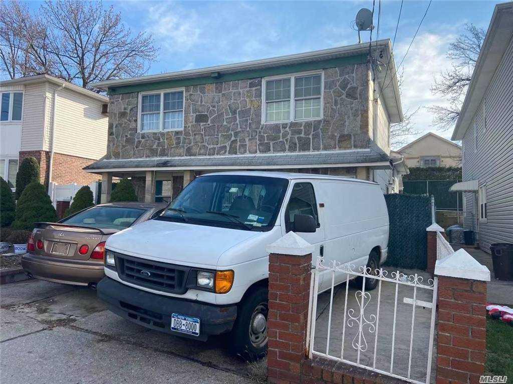 Single Family Gannon Avenue  Staten Island, NY 10314, MLS-3275426-2