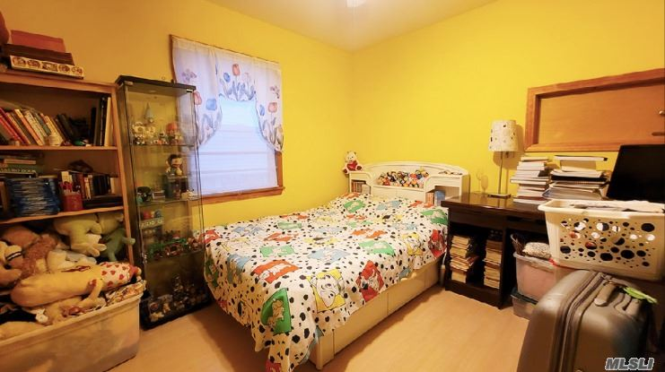Single Family Gannon Avenue  Staten Island, NY 10314, MLS-3275426-15