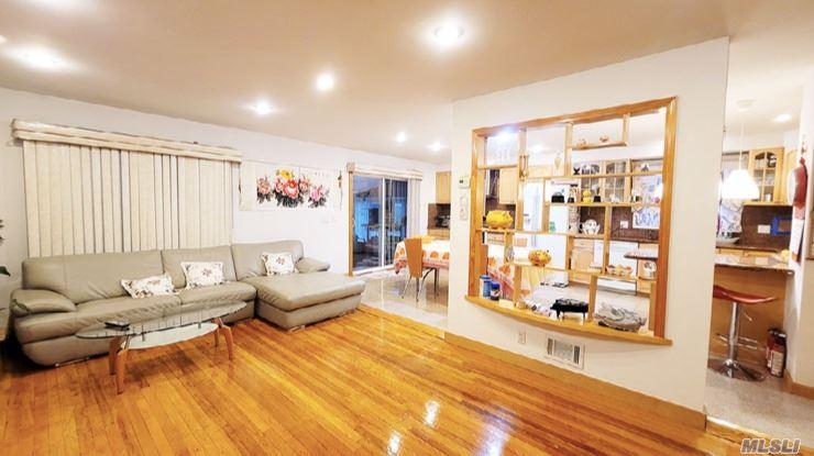 Single Family Gannon Avenue  Staten Island, NY 10314, MLS-3275426-4