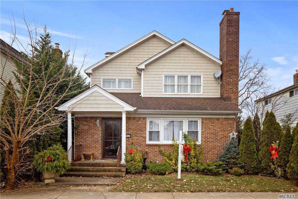 Property for sale at 130 Barwick Street, Floral Park,  New York 11001