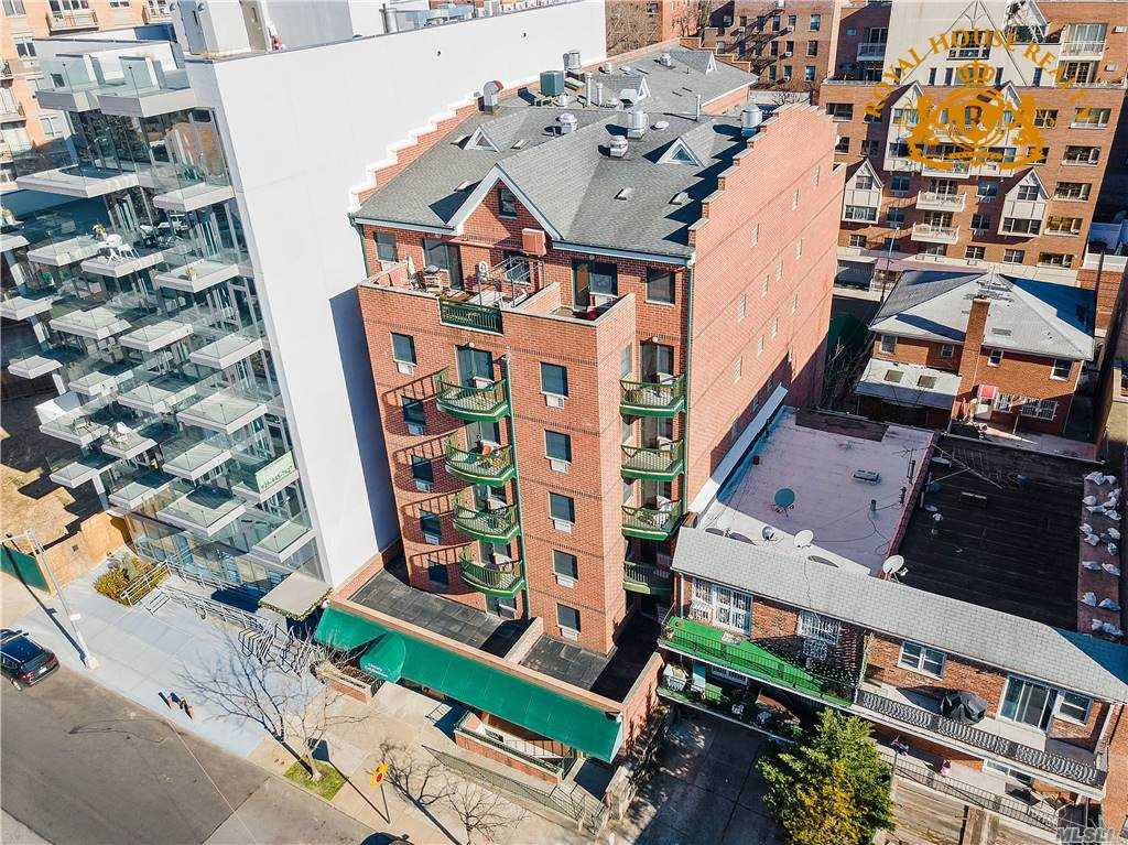 Property for sale at 83-71 116th Street Unit: 7B, Kew Gardens,  New York 11418