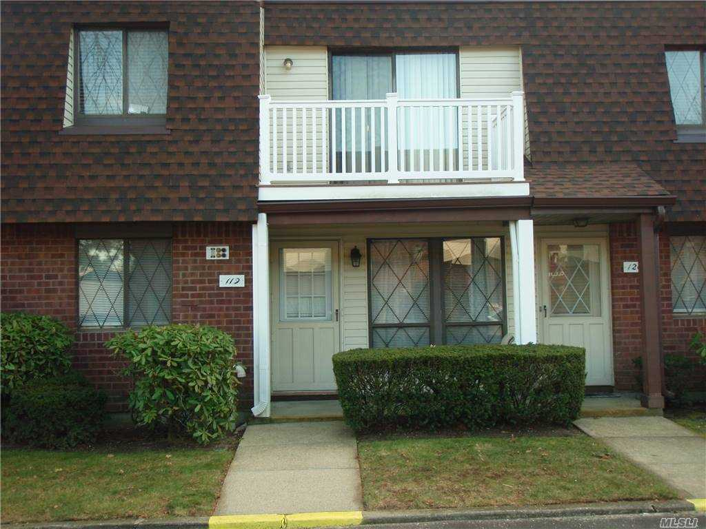 Property for sale at 119 Clubhouse Drive N Unit: 119, Copiague,  New York 11726