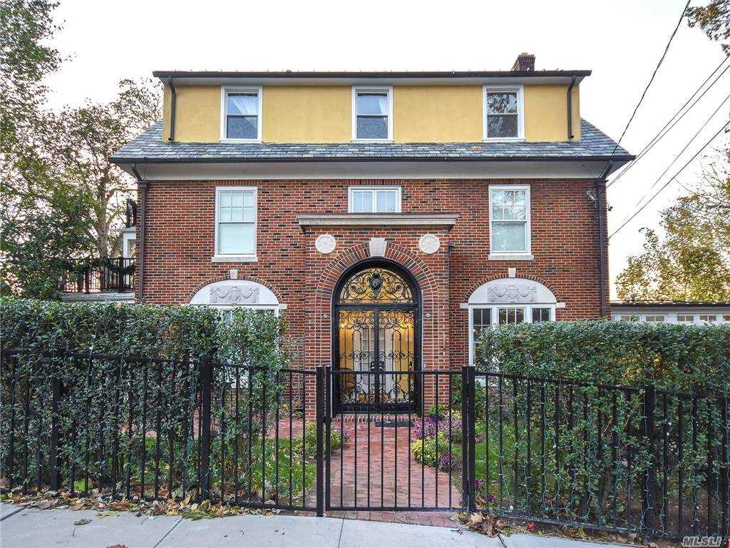Property for sale at 120 Prospect Avenue Unit: 1, Sea Cliff,  New York 11579