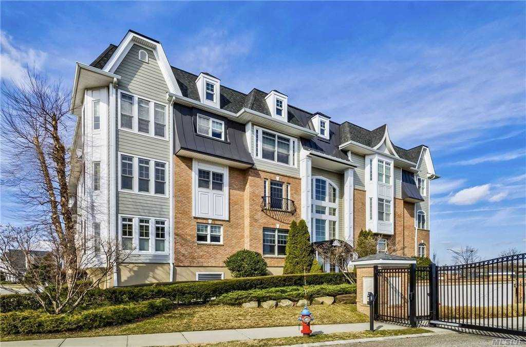 Property for sale at 129 Roosevelt Way, Westbury,  New York 11590