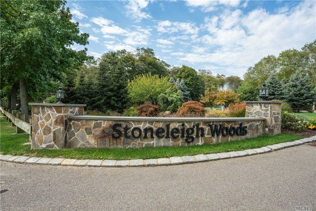 Property for sale at 88 Stoneleigh Drive, Riverhead,  New York 1