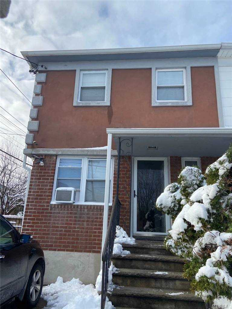 942 130 STREET, COLLEGE POINT, NY 11356