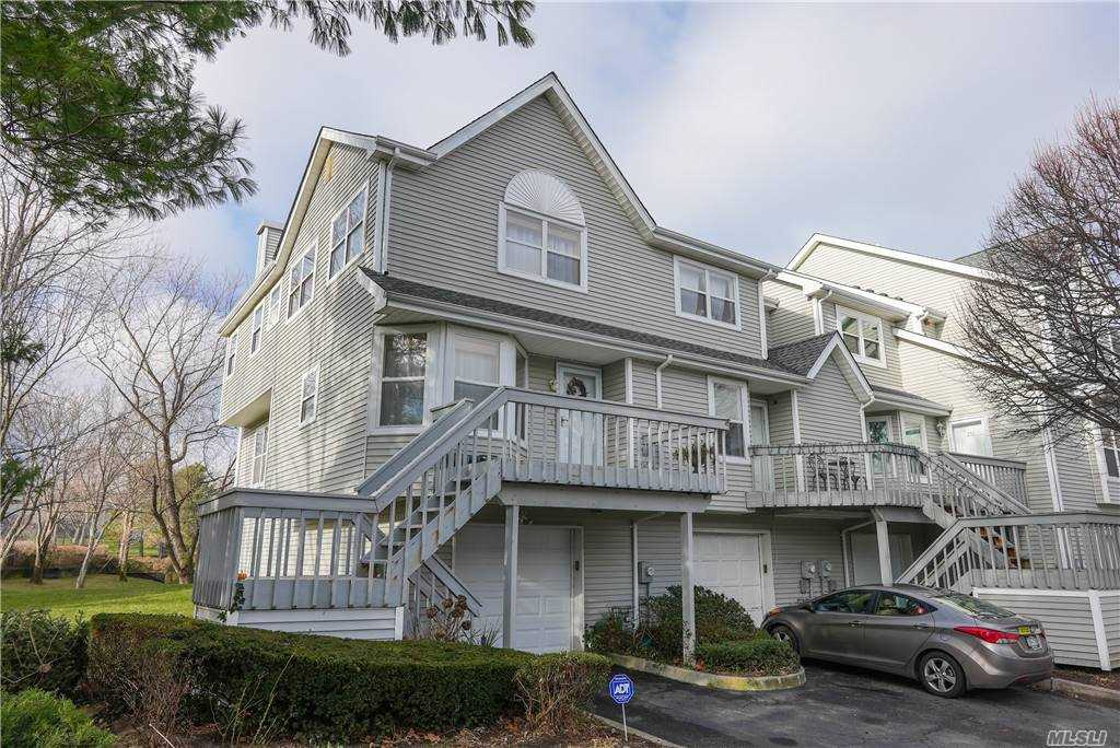 Property for sale at 254 Windward Dr, Port Jefferson,  New York 11777