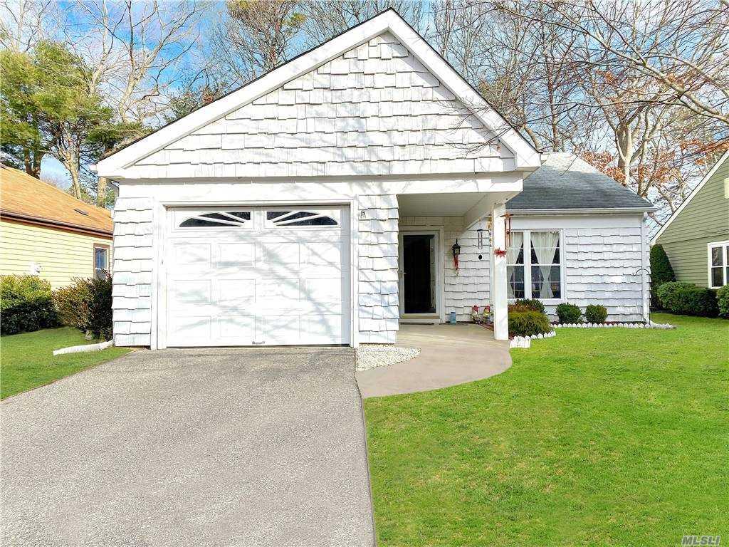 Property for sale at 203 Belfast Lane, Ridge,  New York 11961