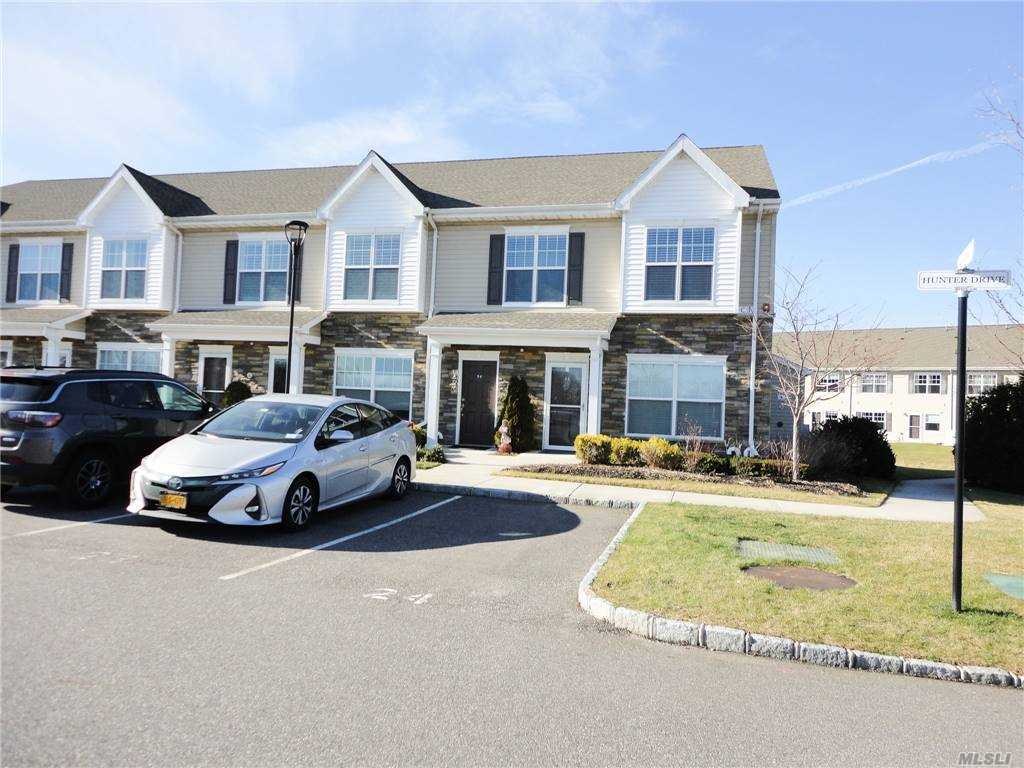 Property for sale at 24 Hunter Drive, Central Islip,  New York 11722