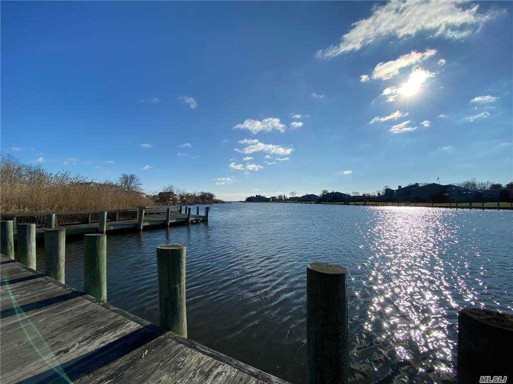 Property for sale at 94 Fairharbor Drive Unit: 7, Patchogue,  New York 11772
