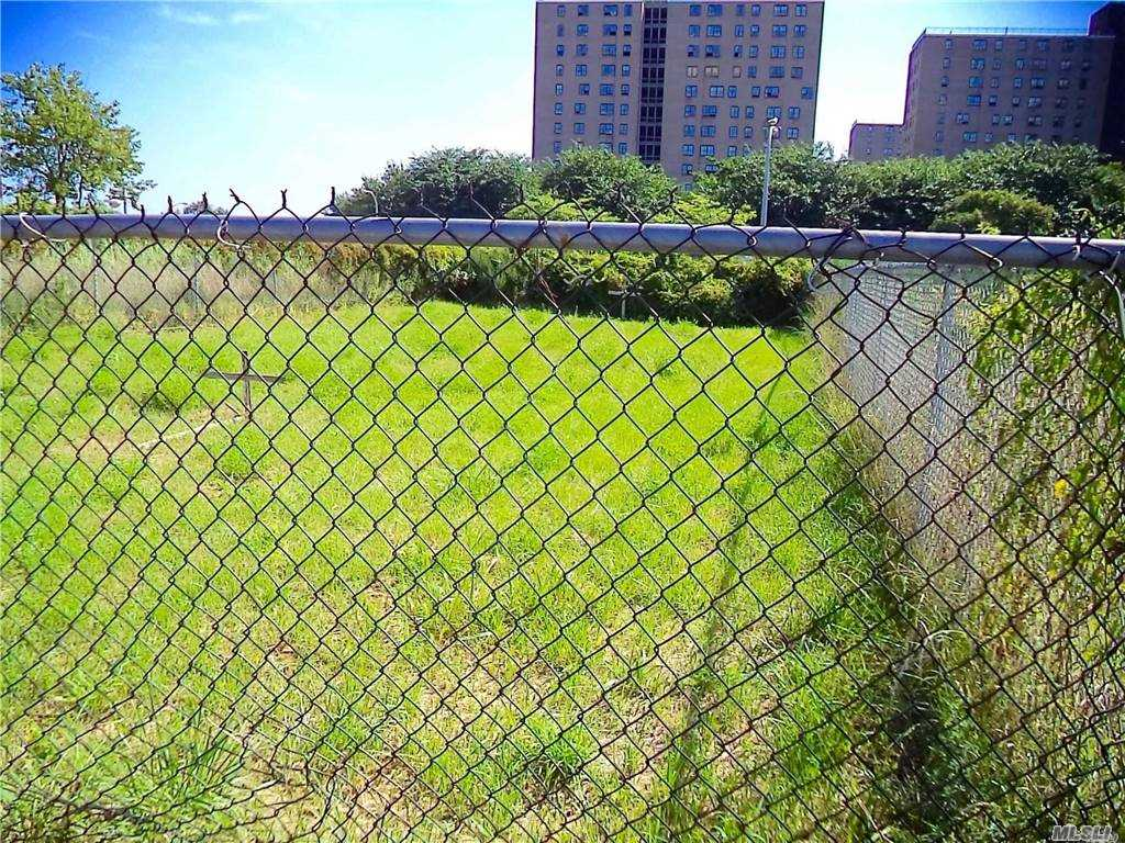 Land 43rd Lot 20 & 21 Street  Queens, NY 11691, MLS-3281214-3