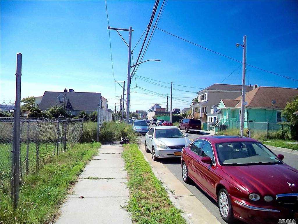 Land 43rd Lot 20 & 21 Street  Queens, NY 11691, MLS-3281214-5