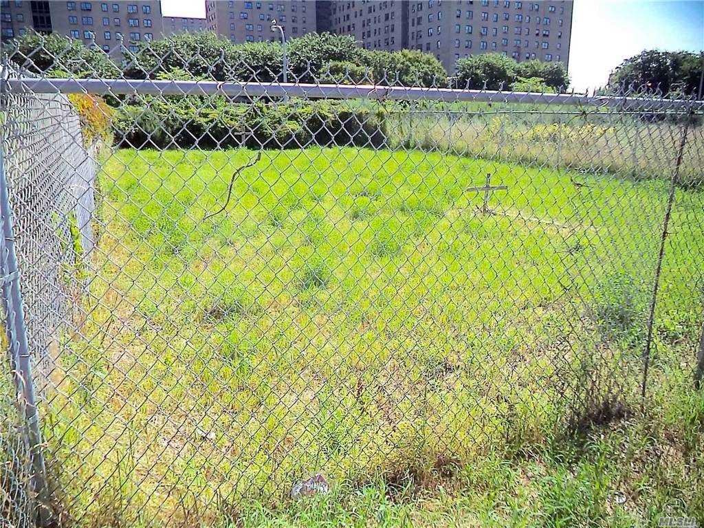 Land 43rd Lot 20 & 21 Street  Queens, NY 11691, MLS-3281214-4