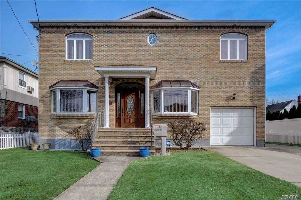 Property for sale at 197 Willis Avenue, Floral Park,  New York 11001