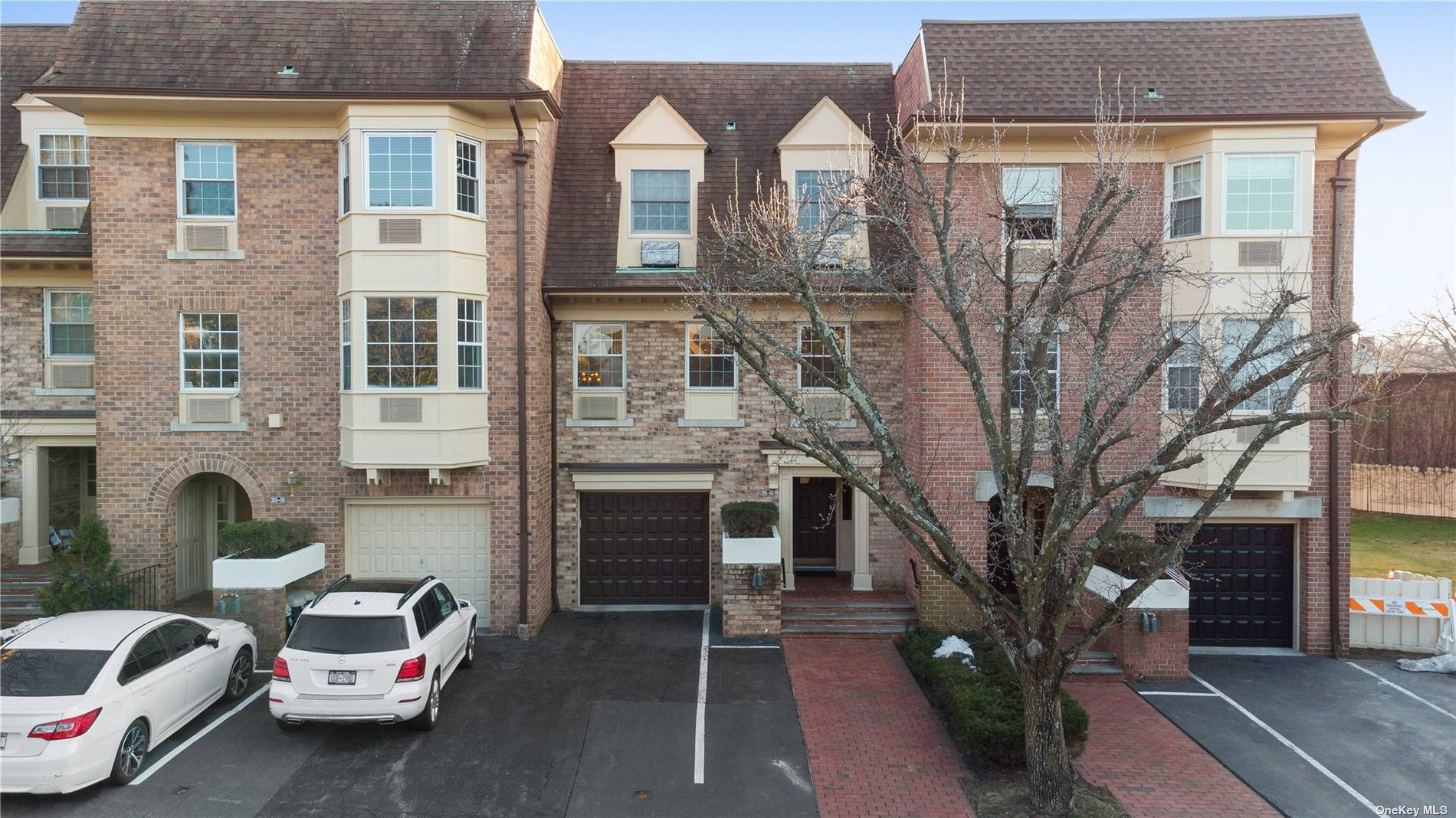 Property for sale at 205-56 Brian Crescent Unit: 2FL, Bayside,  New York 11360