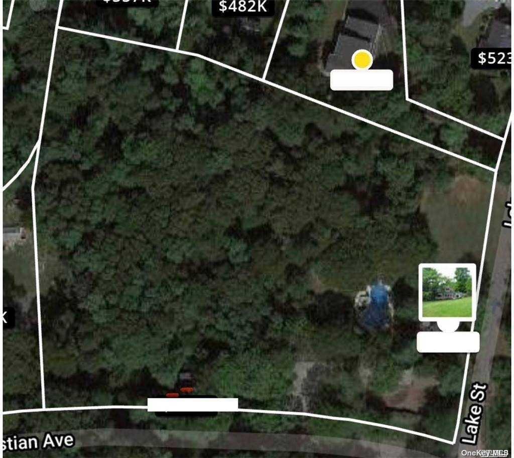 18 Lake St, Setauket, New York11733, 5 Bedrooms Bedrooms, ,2 BathroomsBathrooms,Residential,For Sale,Lake,3281955