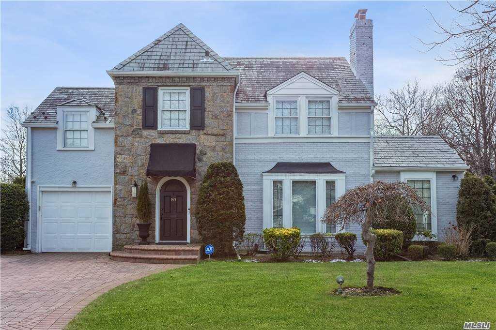 80 Kenwood, Garden City, New York11530, 3 Bedrooms Bedrooms, ,2 BathroomsBathrooms,Residential,For Sale,Kenwood,3281956
