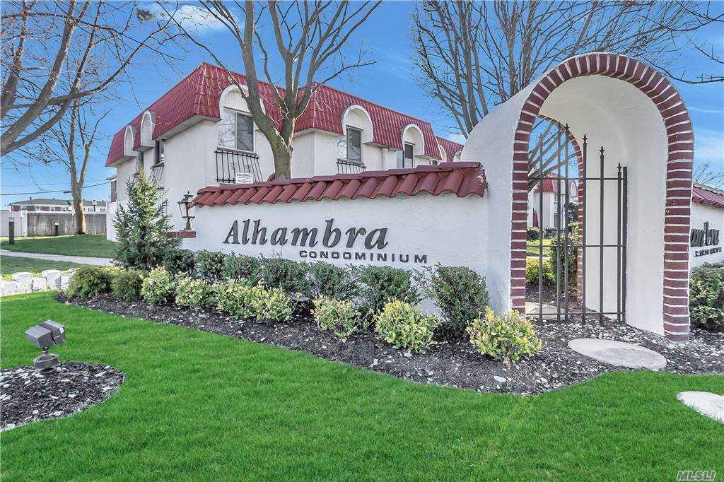 Property for sale at 104 Alhambra Dr Unit: 104, Oceanside,  New York 1