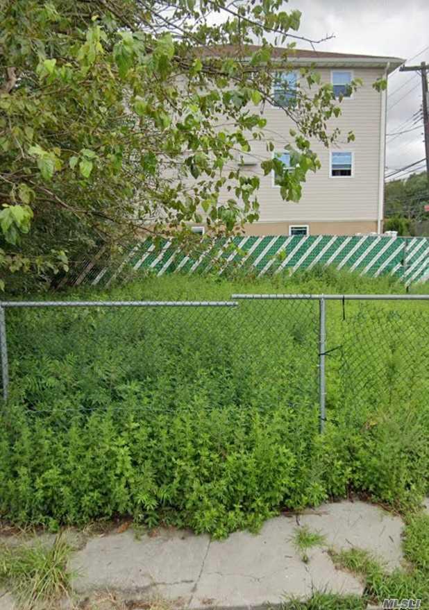 Land in Hamilton Beach - 104th Street  Queens, NY 11414